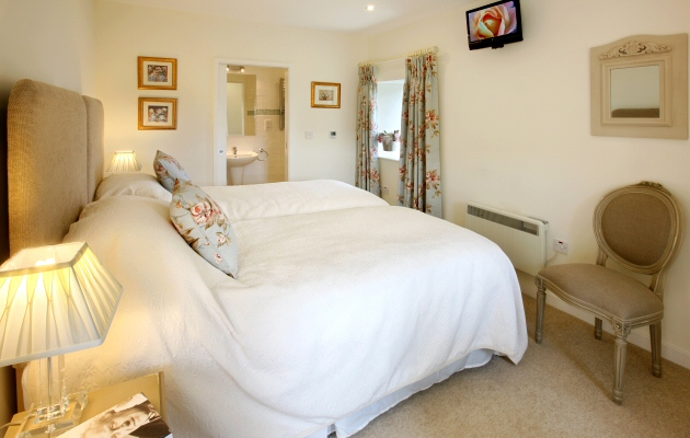 Pepperclose Cottage Twin / Double Bedroom, Bamburgh, Northumberland